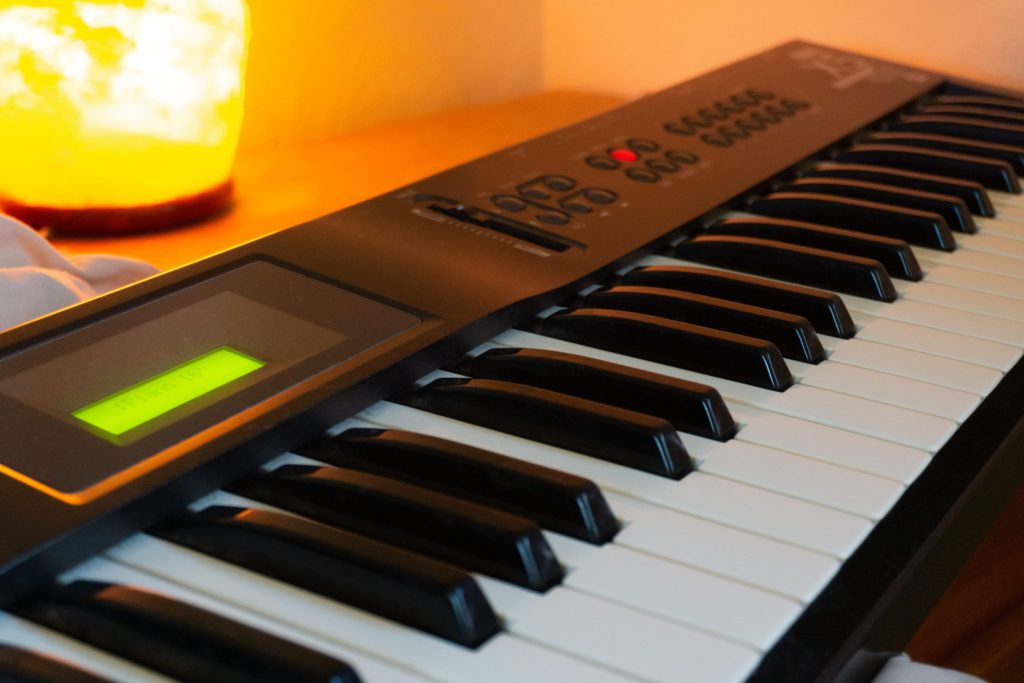 Picture of Korg X5 Synth